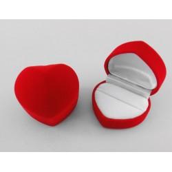 Ecrin pour bague forme coeur en feutrine rouge fond blanc pas cher obrillant bijoux
